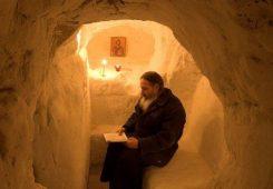 Экскурсия по пещерам Киева
