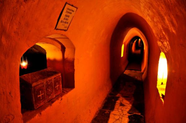 Экскурсия выходного дня по пещерам Киева